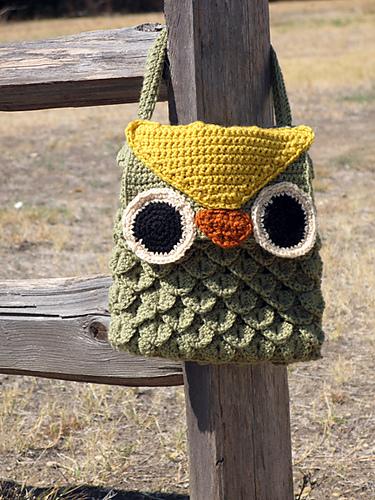 Crochet Woodland Owl Bag designed by Laura Bozeman