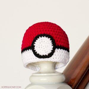 Newborn_Pokemon_Pokeball_Hat_Crochet_Pattern_Small_1_medium2